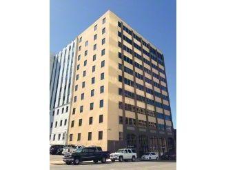 building at 815 Brazos Street