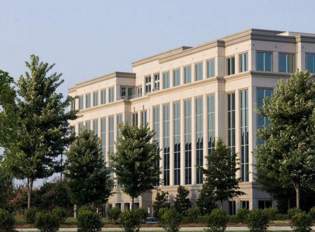 building at 15801 Brixham Hill Avenue