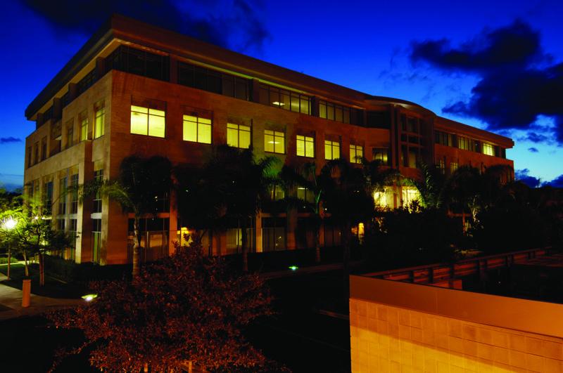 building at 10945 Vista Sorrento Parkway