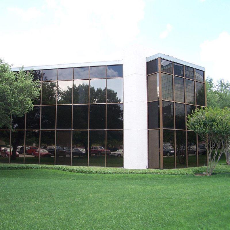 building at 2695 Villa Creek Drive