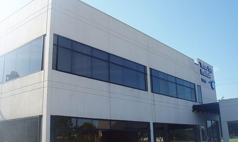 building at 7710 Beechnut Street