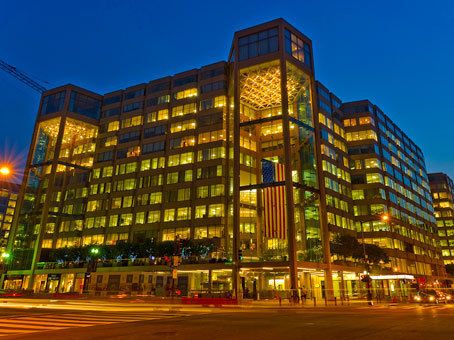 building at 1050 Connecticut Avenue Northwest