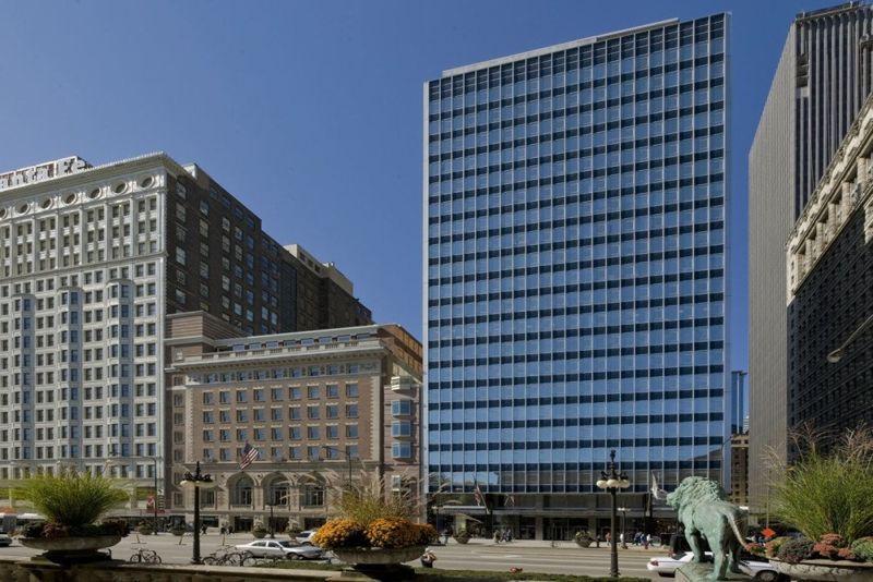 building at 200 South Michigan Avenue