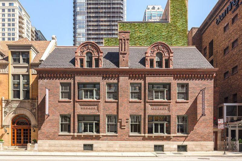 building at 10 East Ohio Street