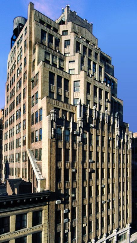 building at 150 West 28th Street