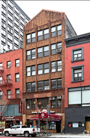 building at 163 West 23rd Street