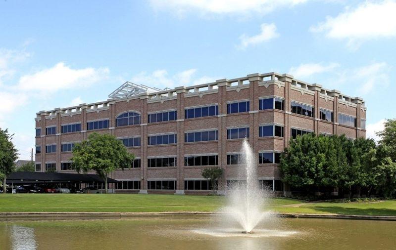 building at 1600 TX-6