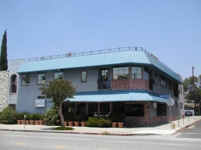 building at 10635 Riverside Drive