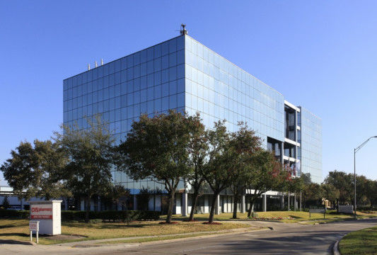 building at 11000 Richmond Avenue
