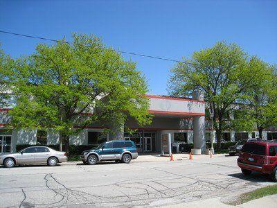 building at 6323 North Avondale Avenue