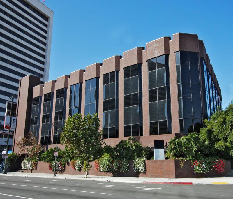 building at 11075 Santa Monica Boulevard