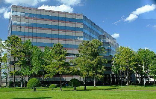 building at 15710 John F Kennedy Boulevard