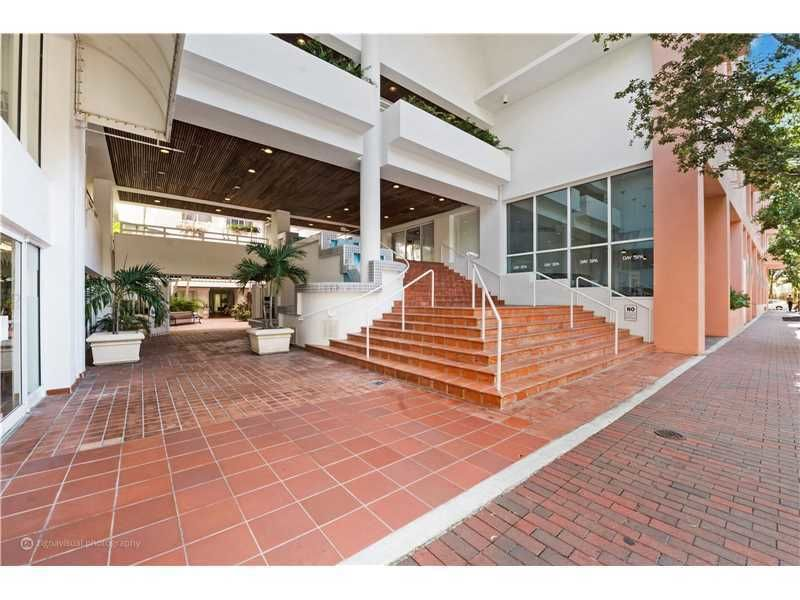 building at 2801 Florida Avenue