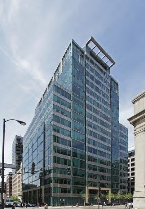 building at 550 West Jackson Boulevard