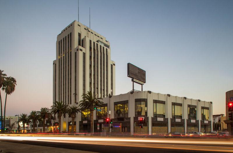 building at 5410 Wilshire Boulevard