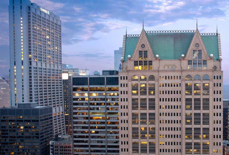 building at 190 South LaSalle Street