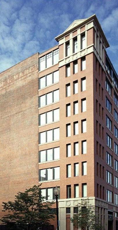 building at 44 Farnsworth Street