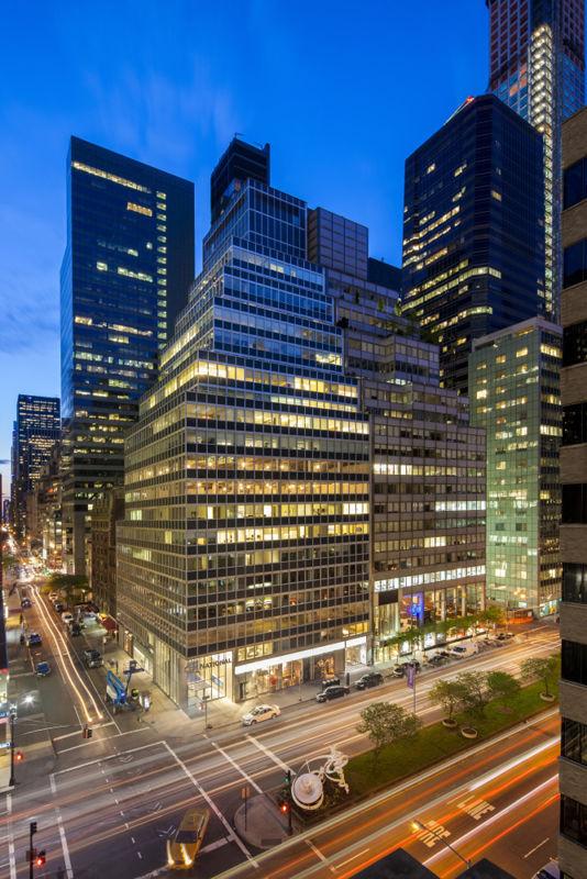 building at 400 Park Avenue