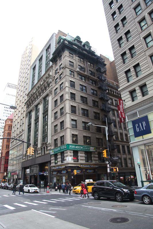 building at 174 Broadway