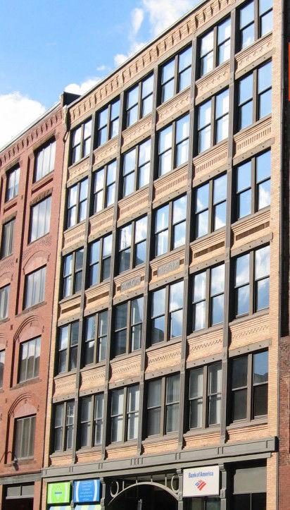 building at 332 Congress Street