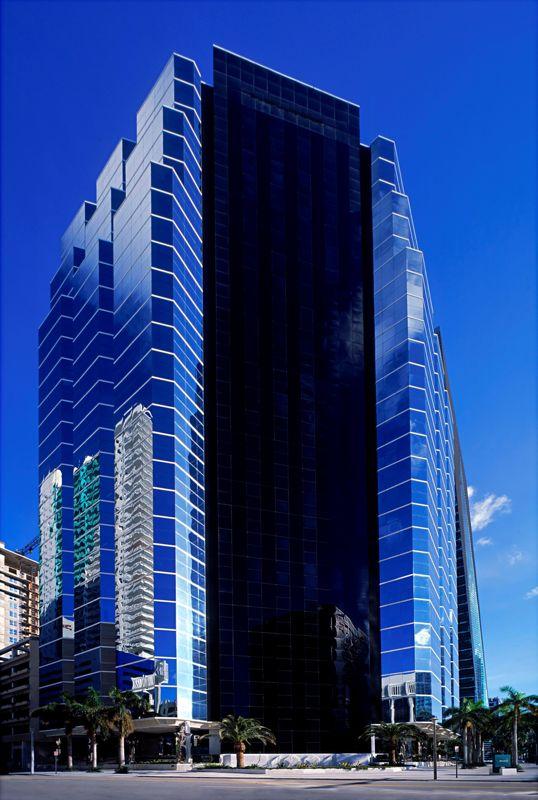 building at 1221 Brickell Avenue