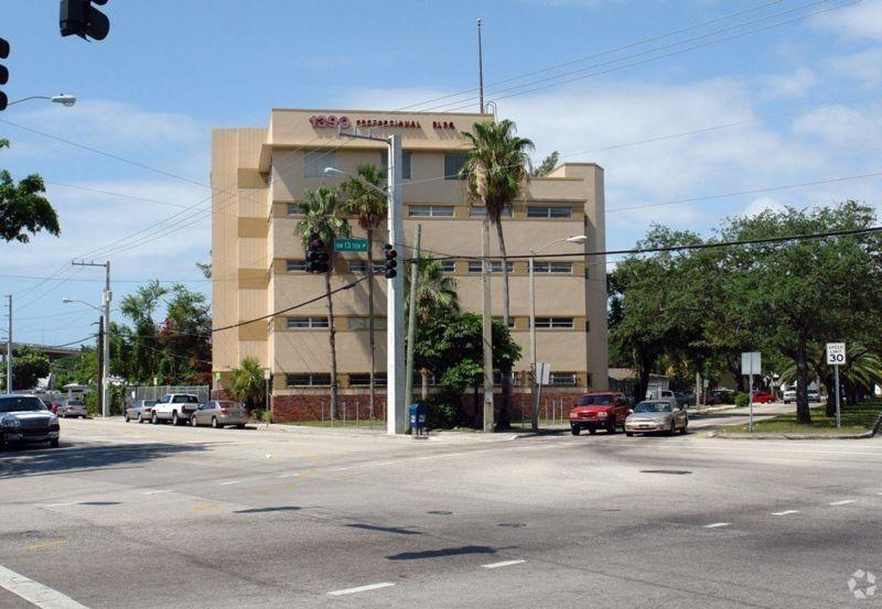 building at 1390 Northwest 14th Avenue
