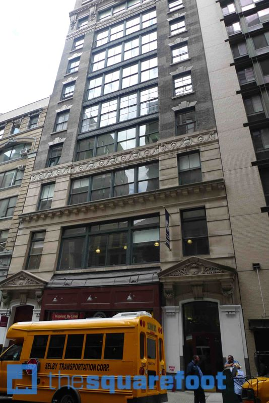 building at 33 West 17th Street